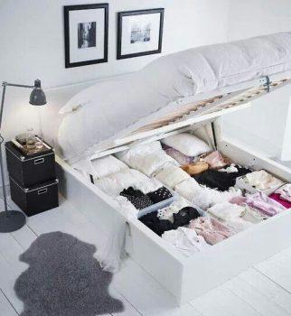 Opruimkast onder bed